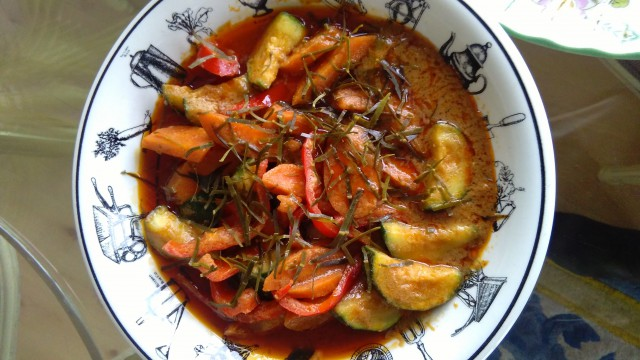 Phaneang Curry only with vegetables (photo: Sirinya Pakditawan)