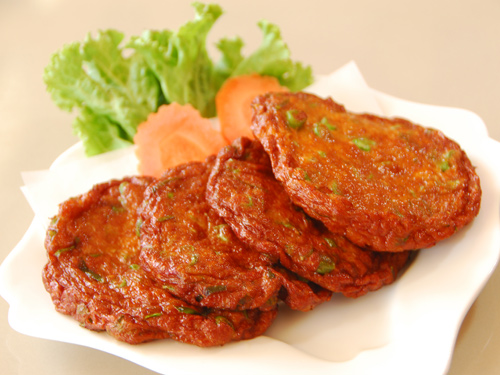 Thai fish cakes (photo credit: aroi.com)