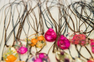 Colourful necklaces made with real flowers